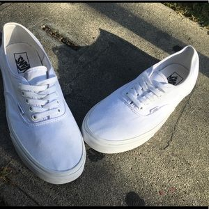"""Classic Vans """"All white """" canvas"""